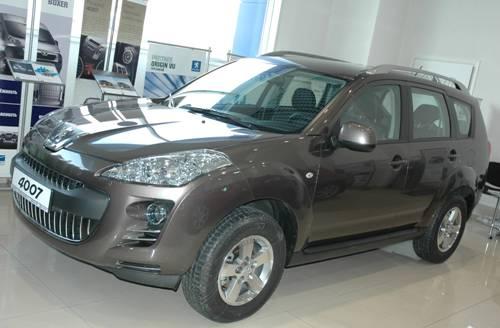 Peugeot 4007 в Иркутске