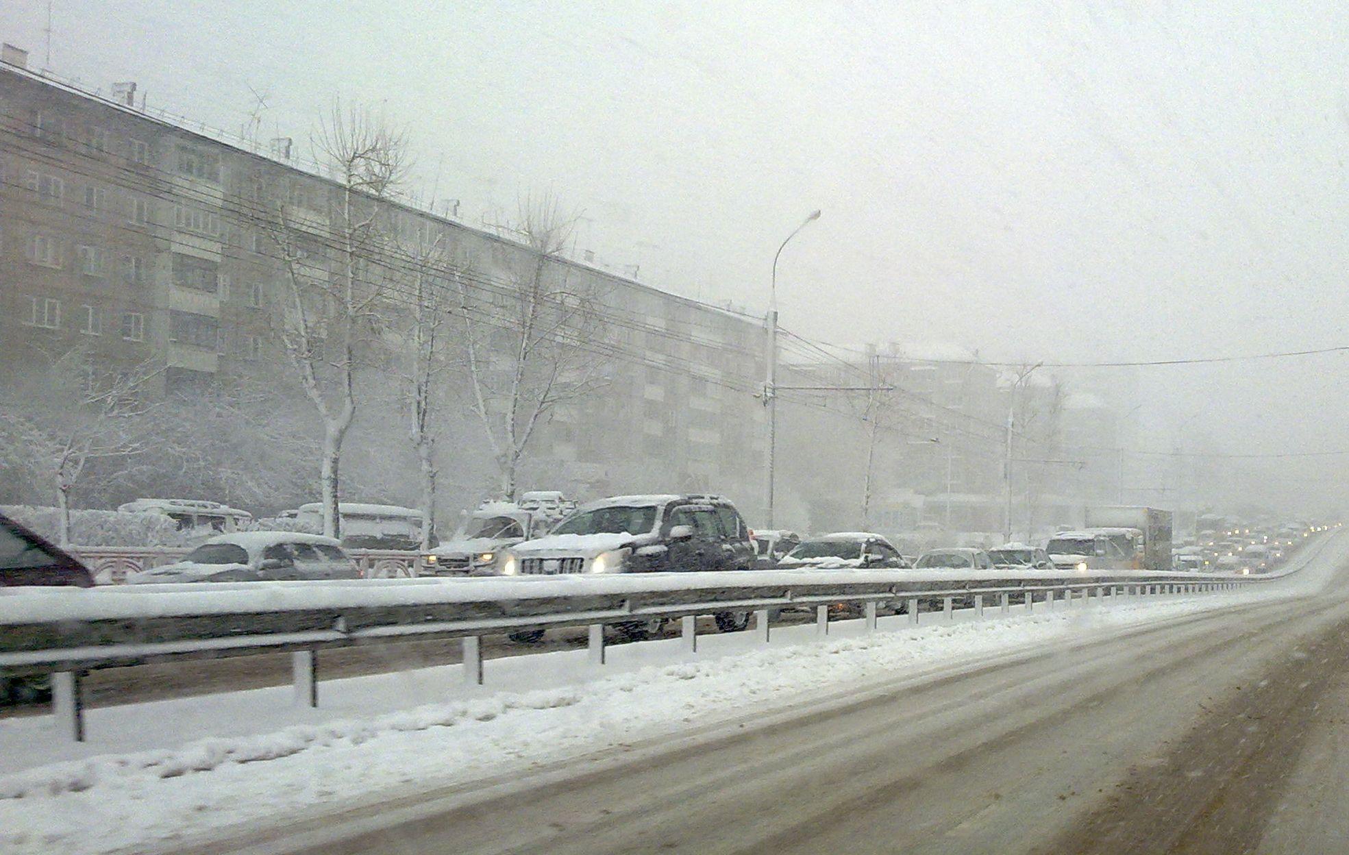 Снегопад в Иркутске
