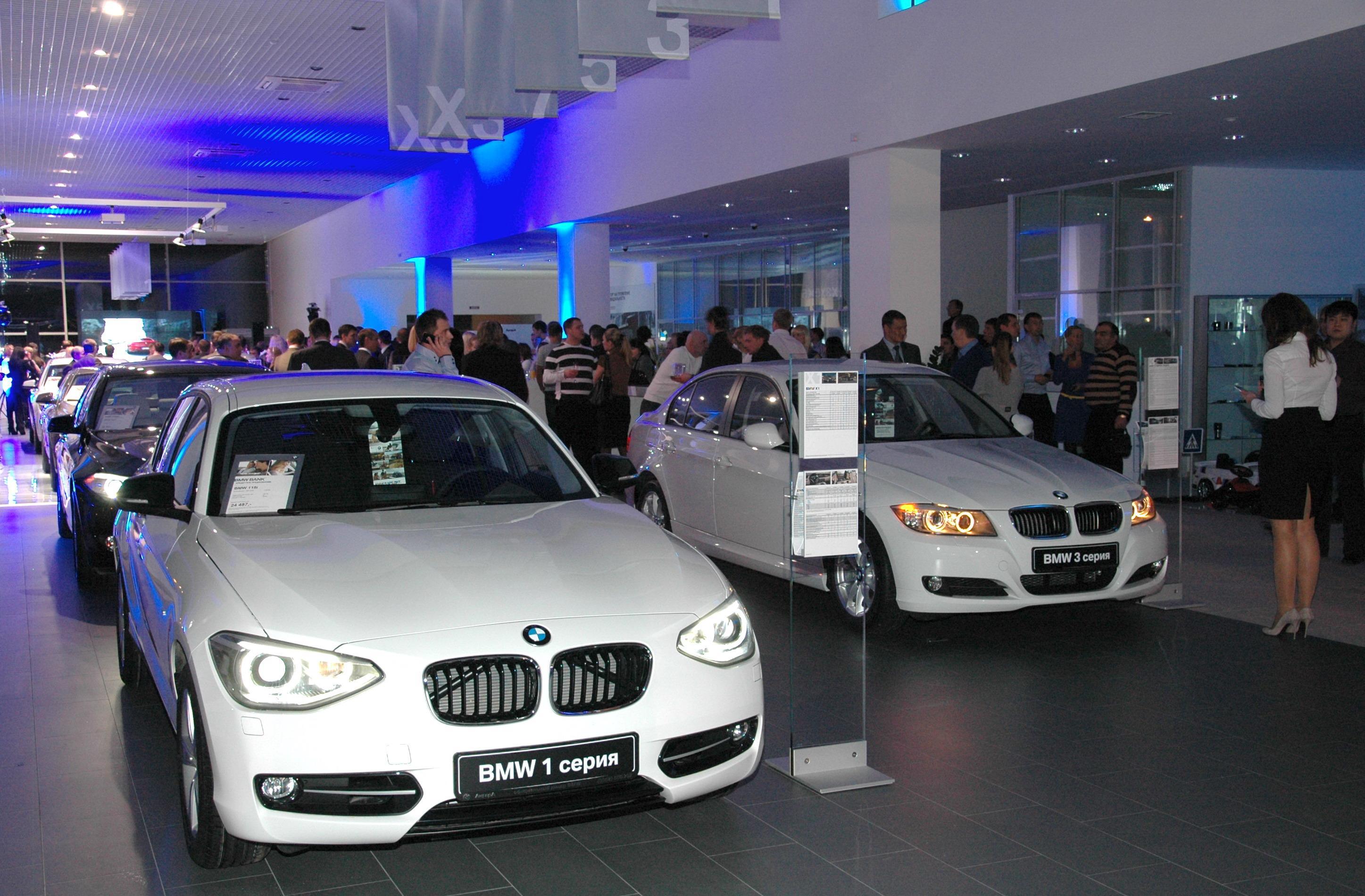 Новые автомобили в России