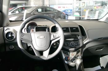 Chevrolet Aveo седан 2012 в Иркутске