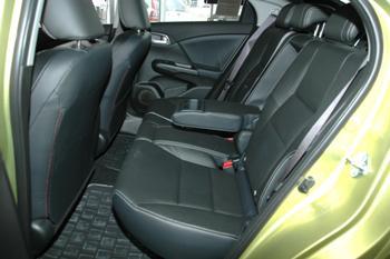 Honda Civic 5D 2012 в Иркутске
