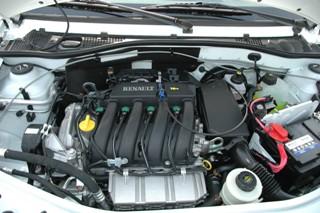 В отличии от Renault Logan, двигатели для Lada Largus предлагаются только объемом 1,6 литра, но в двух вариантах исполнения – 8 и 16-клапанные мощностью 84 и 104 л.с.. Коробки механические, но позже появится и АКП