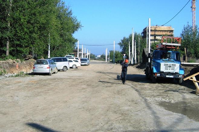 Ул. Седова на участке от путепровода до Трилиссера отремонтирована, на ней установлены опоры контактной сети для будущего объезда ул. Байкальской не только автомобилями, но и троллейбусами