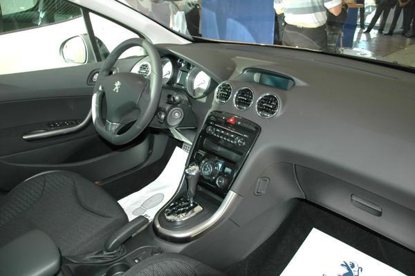 Peugeot 308 в Иркутске