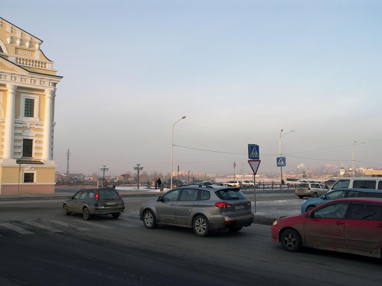 Улица Нижняя Набережная в Иркутске